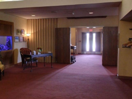 Funeral home guest lounge - Columbus, OH
