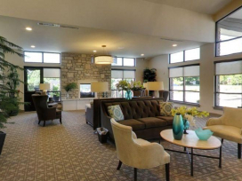 Schoedinger Funeral and Cremation Service – Northwest – Funeral Home Foyer