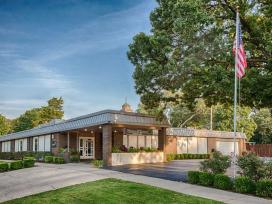 Warren-McElwain Mortuary - Funeral Home - Lawrence, KS